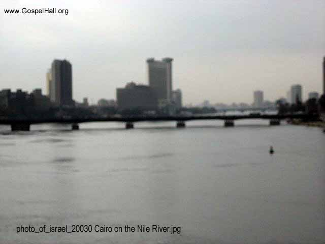 photo_of_israel_20030 Cairo on the Nile River.jpg